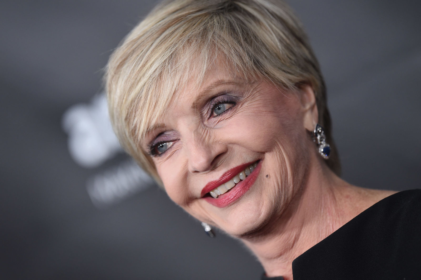 Florence henderson abuso sexual