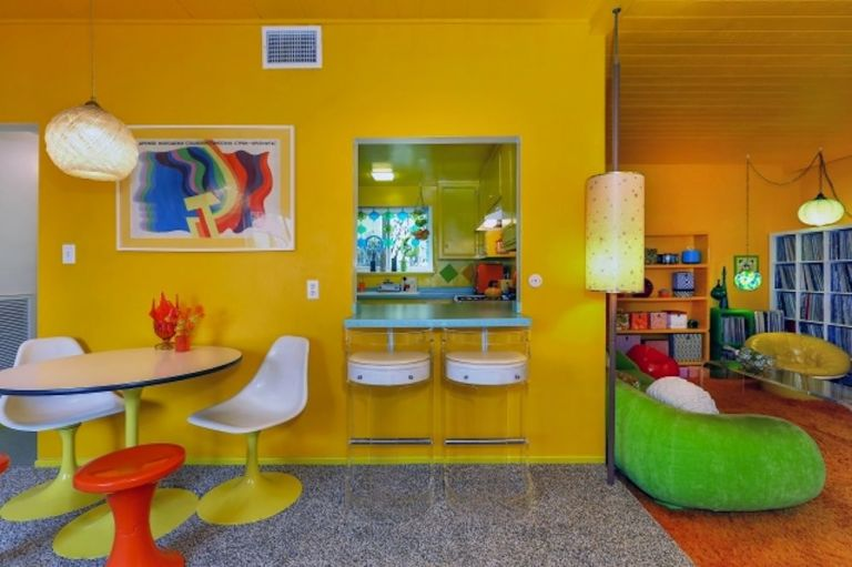 70s Home Design real estate report in long beach a classic 70s pavilion by killingsworth brady associates Every Room In The Pad Includes Different Decor Relics From The 70s Decade From A Vintage Stove To A Walk In Closet Full Of Paisley Ties