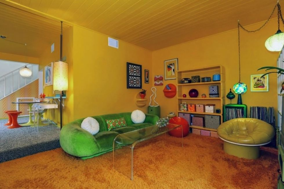 youll be blown away when you see whats inside this 70s themed home - 70s Home Design