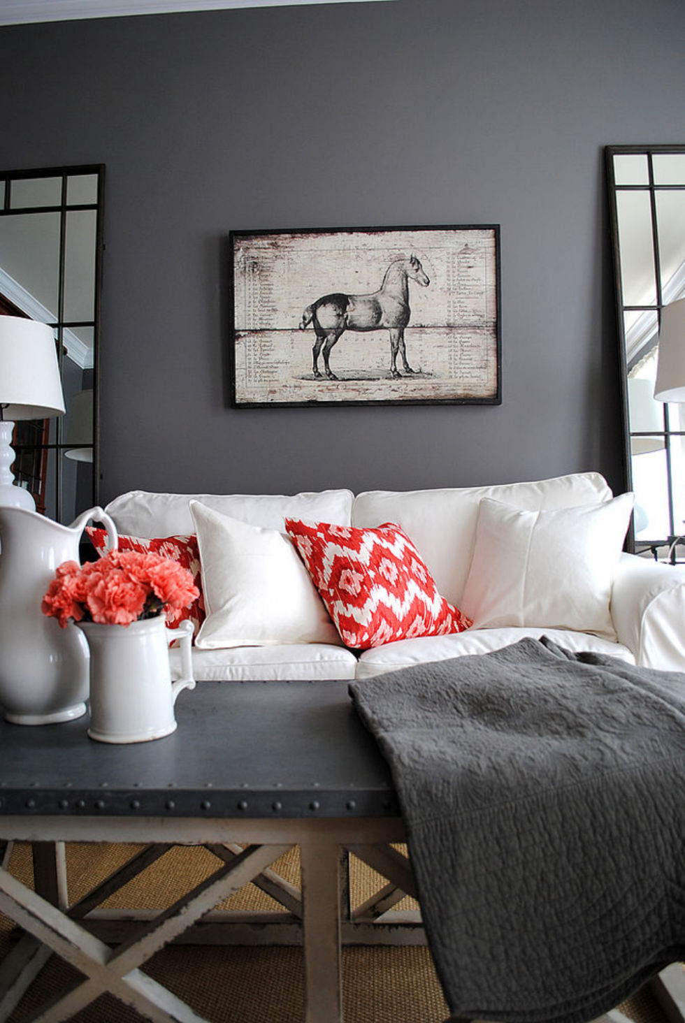 10 money saving ways to make your living room look more expensive