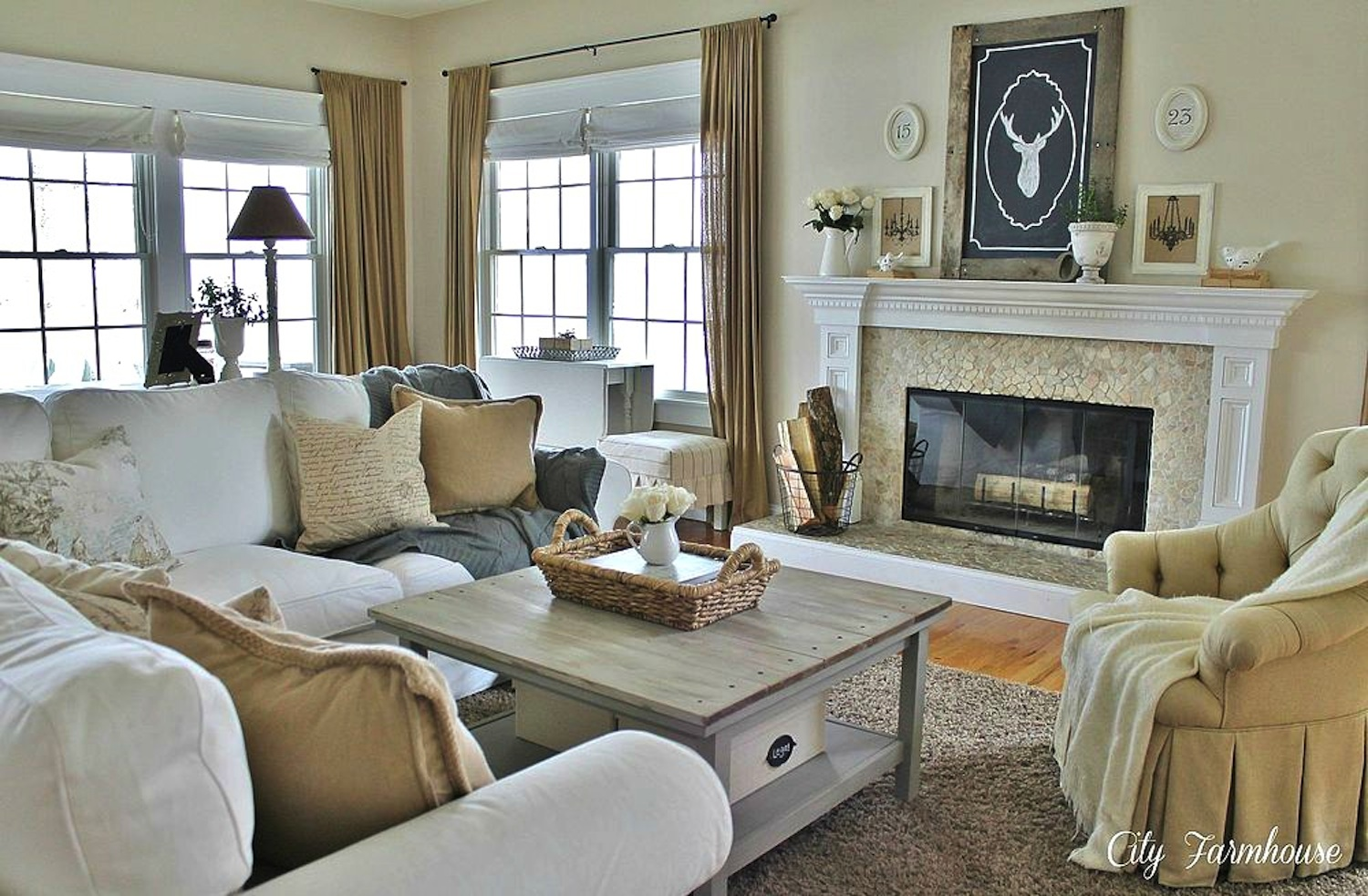 10 money saving ways to make your living room look more - How to get more money on home design ...
