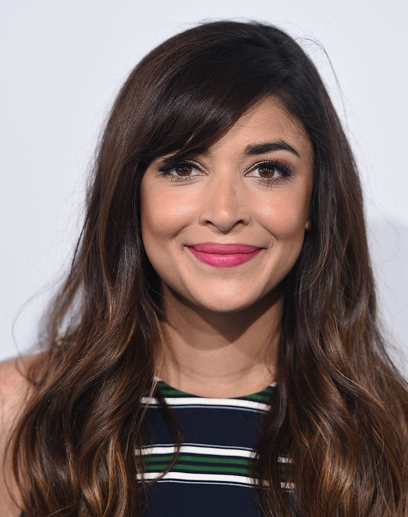 Fabulous 15 Celebrity Bangs Hairstyles Amp Haircuts How To Style Hair With Short Hairstyles Gunalazisus