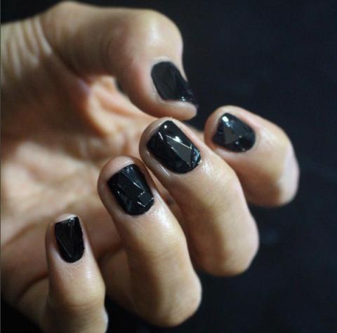 geometric texture nail art - 34 Fall Nail Designs For 2017 - Cute Autumn Manicure Ideas