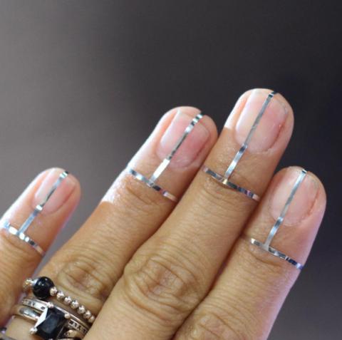 silver fall nail art design - 34 Fall Nail Designs For 2017 - Cute Autumn Manicure Ideas