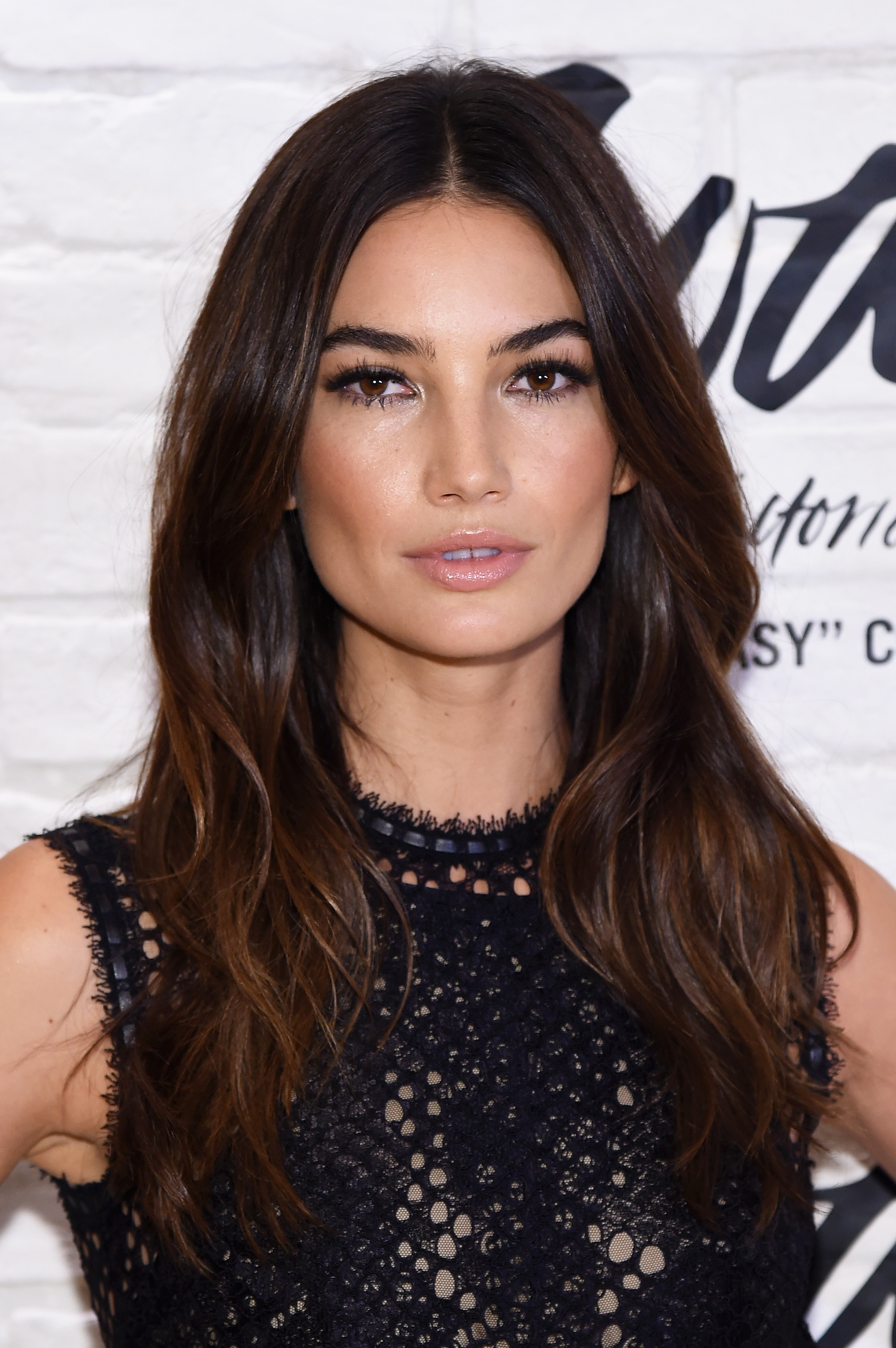 The 10 Best Hairstyles for Square Faces