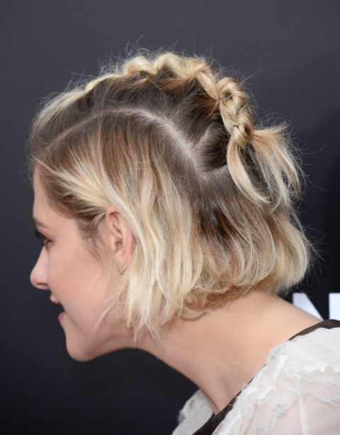 Fabulous 12 Easy Updos For Short Hair Best Short Updo Hairstyles To Try Short Hairstyles Gunalazisus