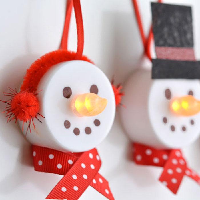 50 diy christmas ornaments unique christmas ornaments for Unique diy christmas crafts