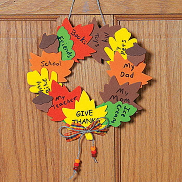 13 easy diy thanksgiving crafts for kids best for Art and craft for school decoration