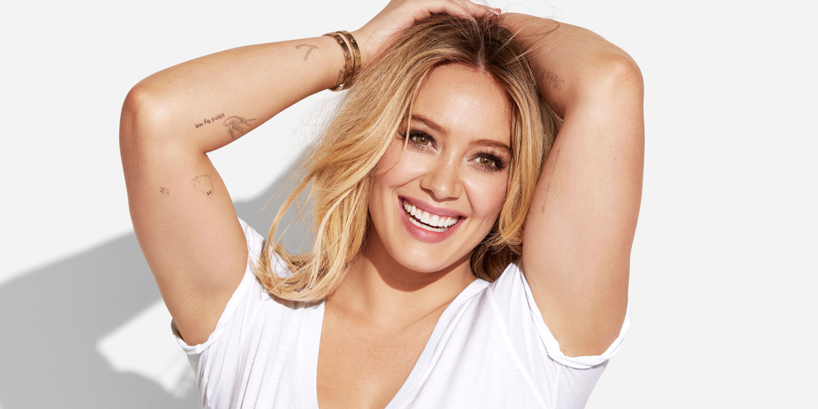 hilary duff is all about leaning out