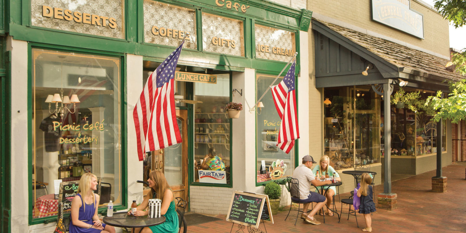 The 20 Best Small Mountain Towns To Visit This Summer