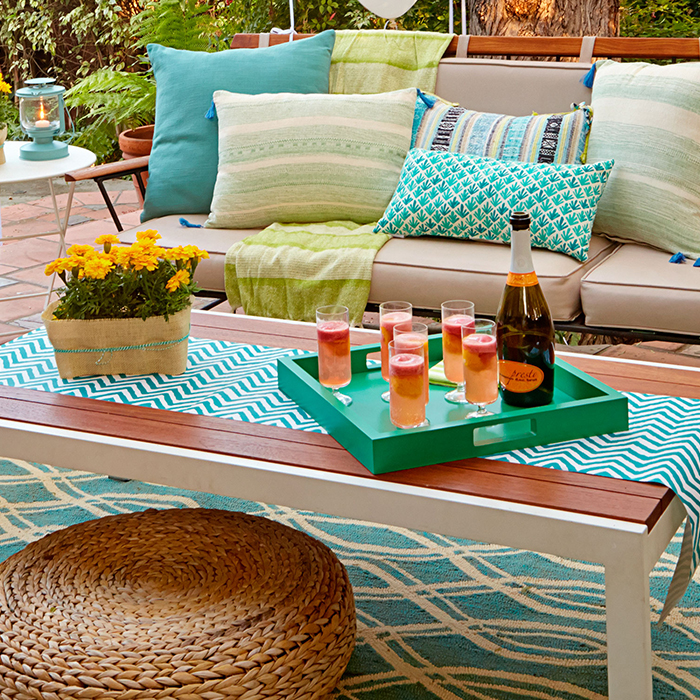 Backyard Party Ideas well im thinking those combined with the millions of lemons from my parents backyard Backyard Party Ideas And Decor Summer Entertaining Ideas