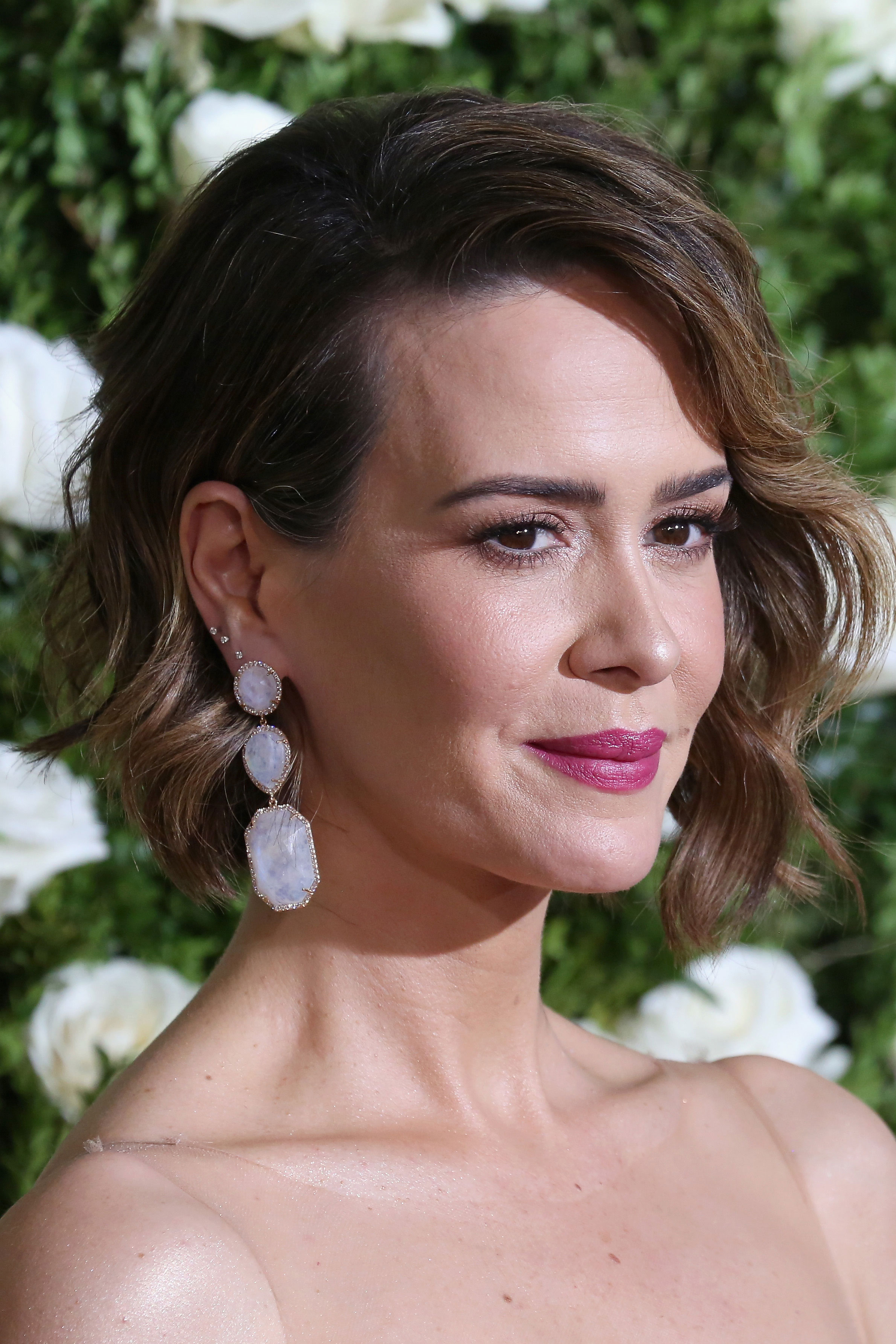 24 Short Hairstyles for Thick Hair 2017 - Women's Haircuts ...