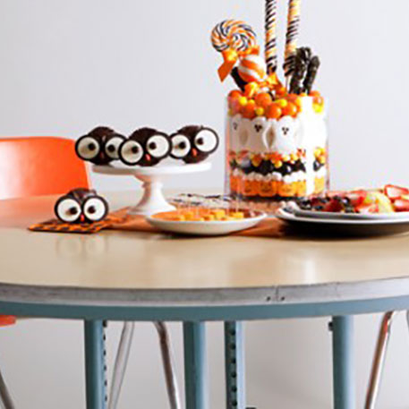 16 easy halloween cupcake recipes halloween cupcake for Easy halloween treats for work party