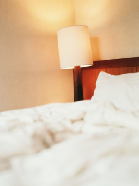 Feng shui love tips improve relationship for Bedroom ideas to boost intimacy