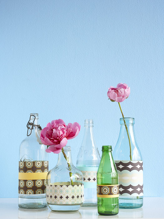 How to make a glass bottle vase diy recycled glass - How to decorate old bottles ...