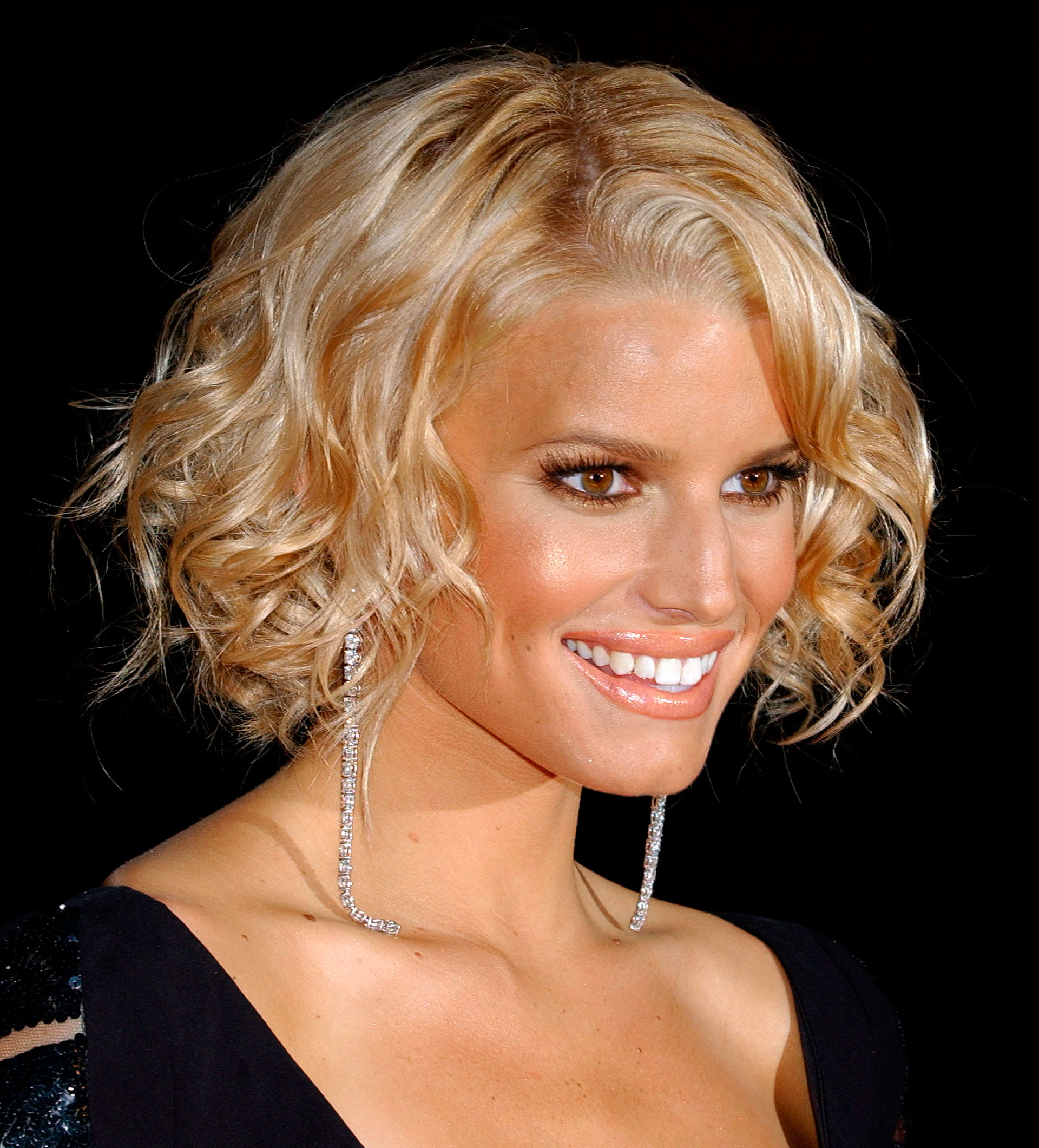 Top 5 Most Iconic Celebrity Hairstyles of All Time ...