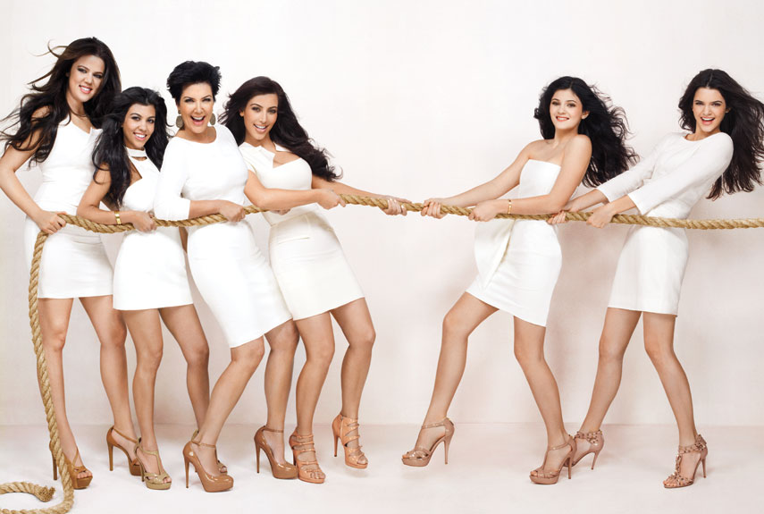 The kardashians photo gallery hot photos of kim for How many kardashians are there