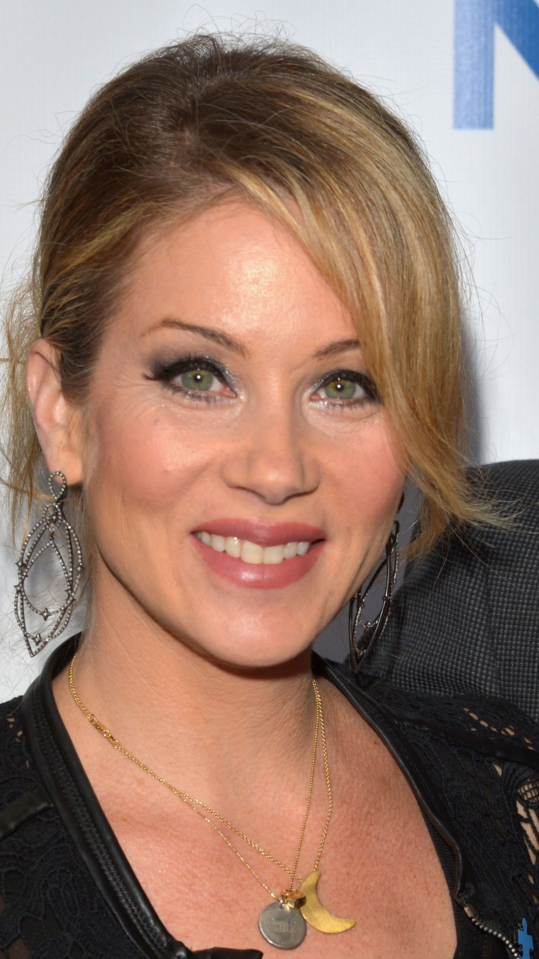 Christina Applegate Healthy Snack Recipes - Christmas Hairstyles