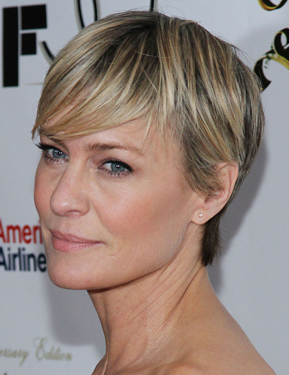Robin Wright Hair 2013 Celebrity hair - best celeb hairstyles