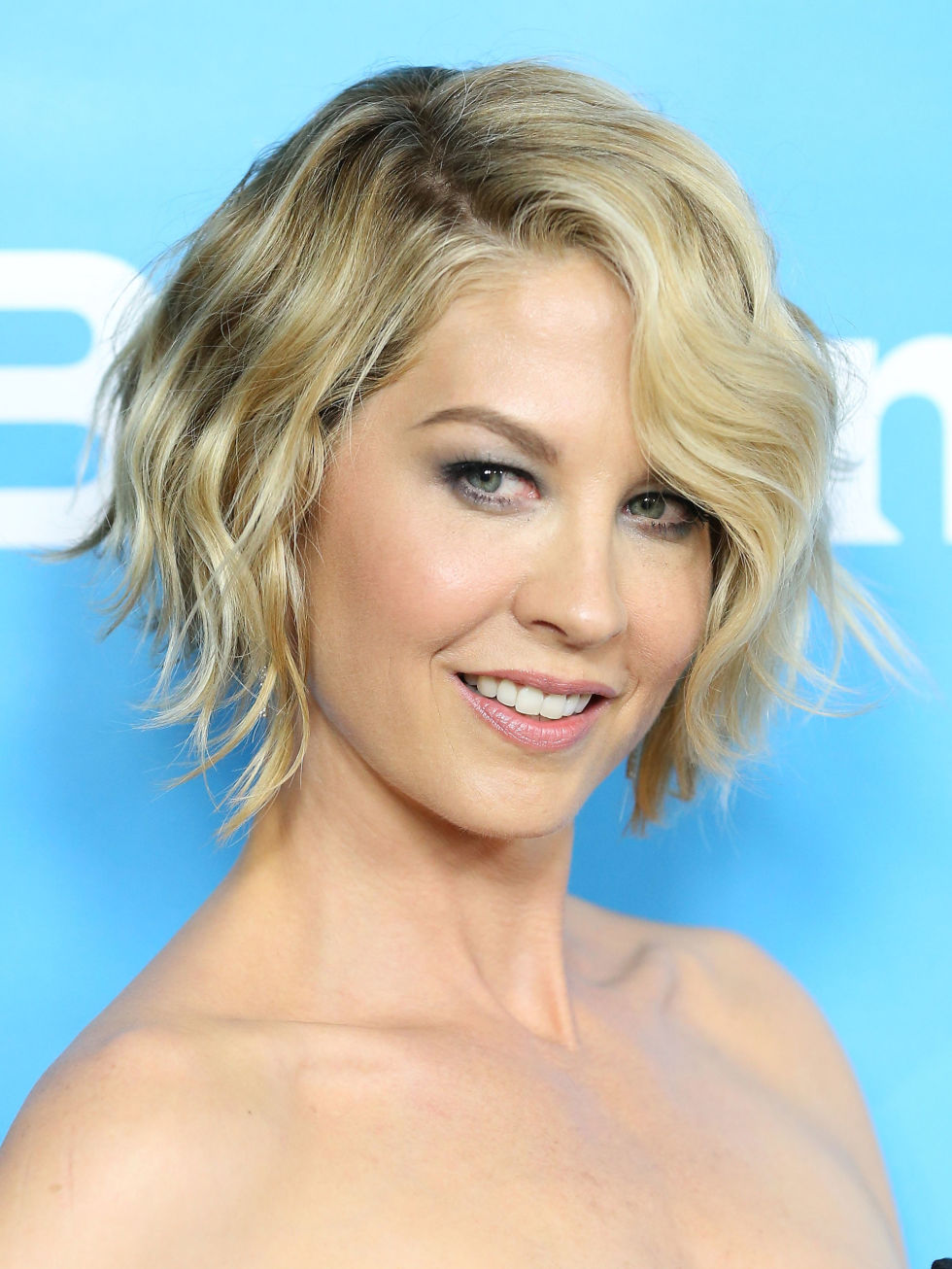 Swell How To Grow Out Your Hair Celebs Growing Out Short Hair Short Hairstyles Gunalazisus