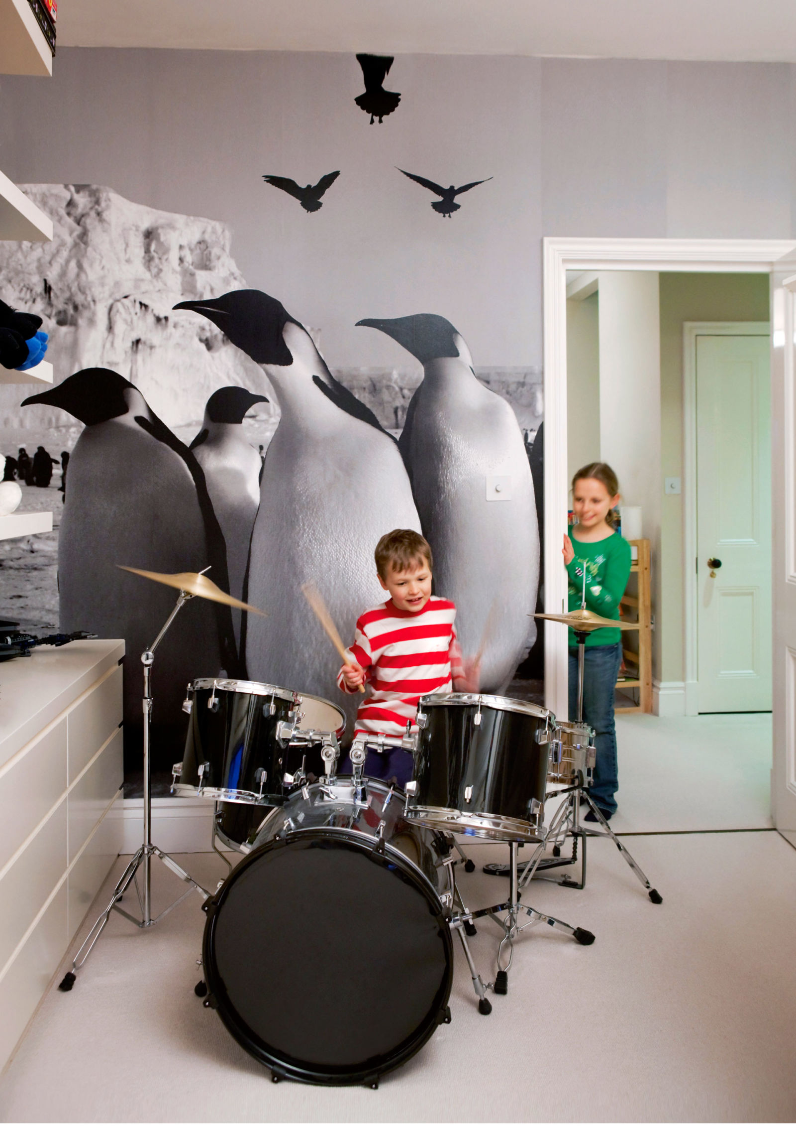 100 wildlife murals for walls wallpaper art and photo wall wildlife murals for walls kids wall art cool wall art for kids rooms