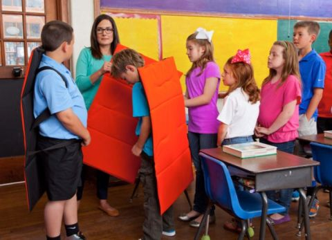There Are Now Bulletproof Blankets to Protect Kids at School