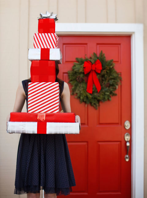 11 Smart Santa Saving Tricks for a Debt-Free January
