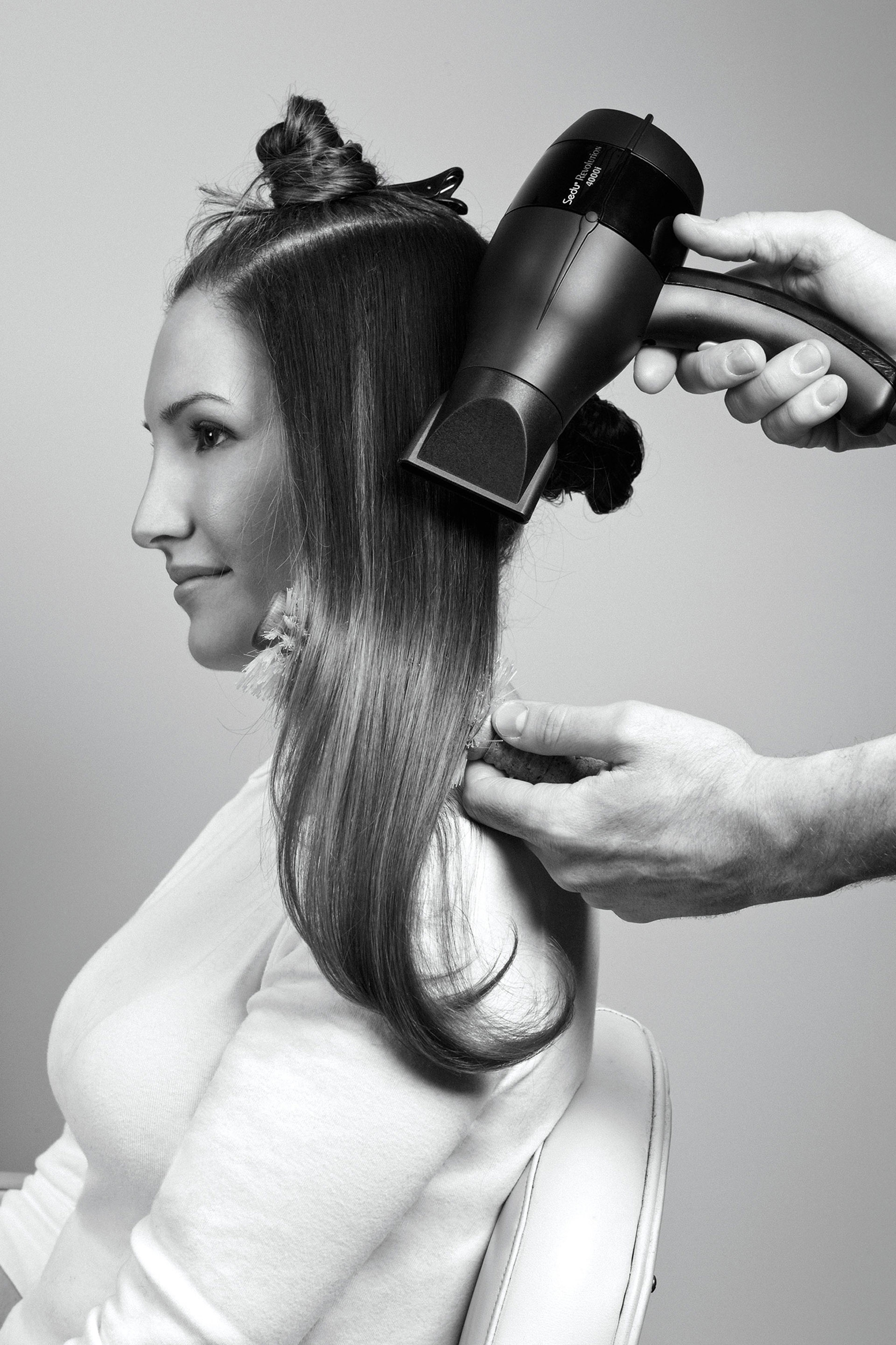 REDBOOK Hair How-To: Get a Salon-Style Blow-Out at Home