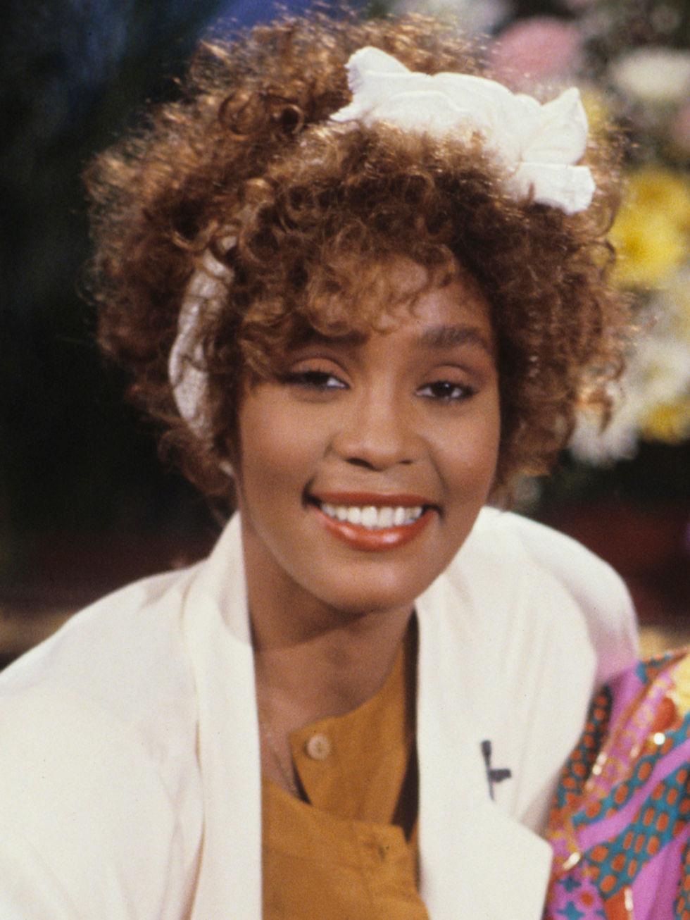 Whitney Houston Hairstyles Whitney Houston Hairstyle Curls Whitney Get Free Printable