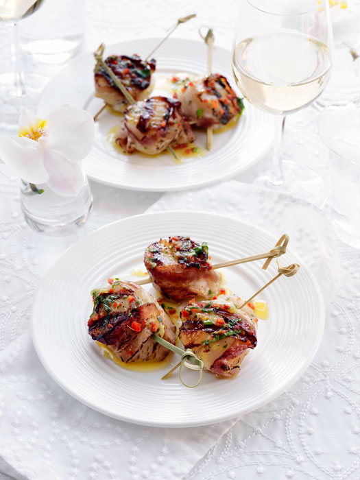bacon wrapped scallops with lemon herb dressing recipe