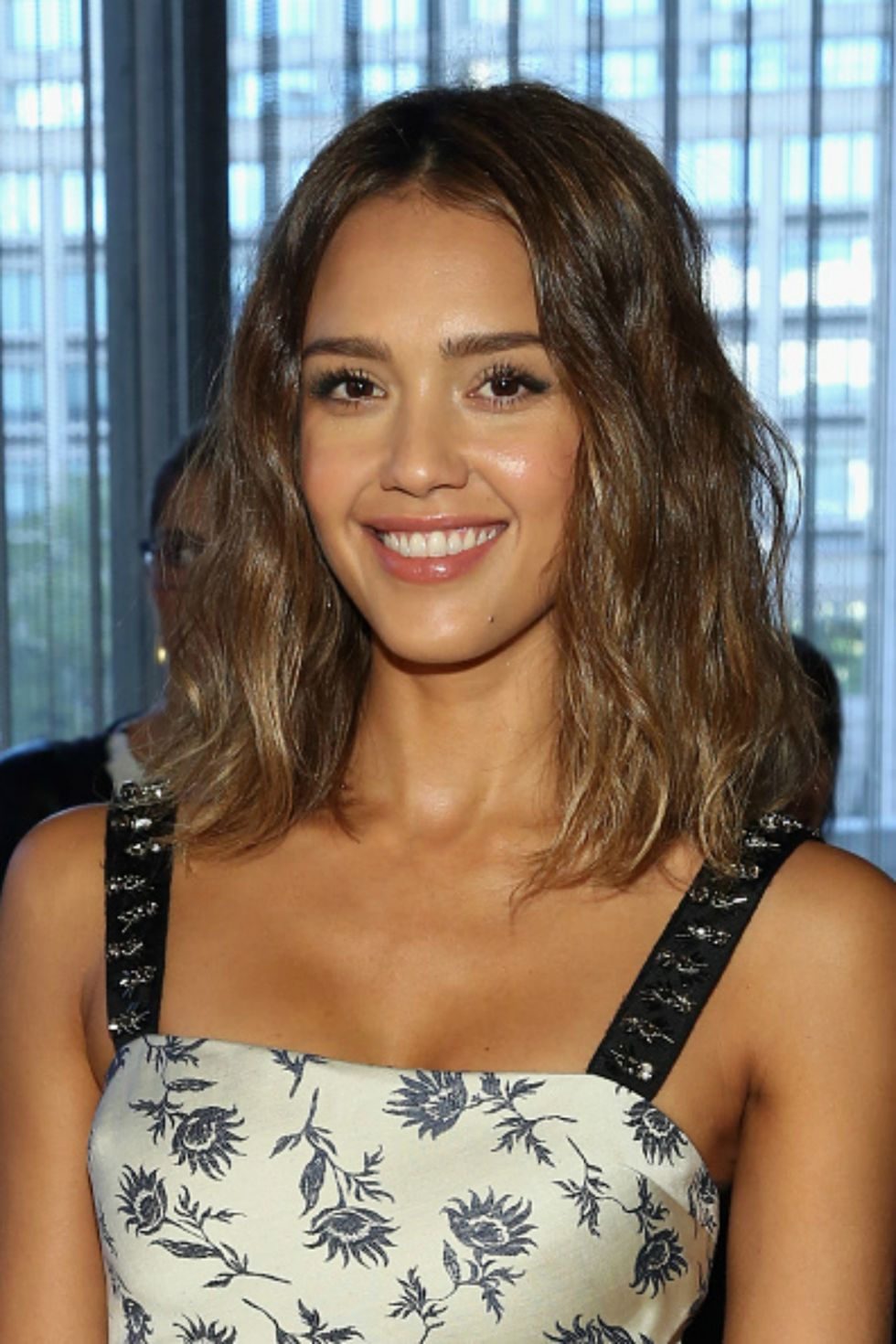 70 gorgeous medium hairstyles - best mid length haircut ideas