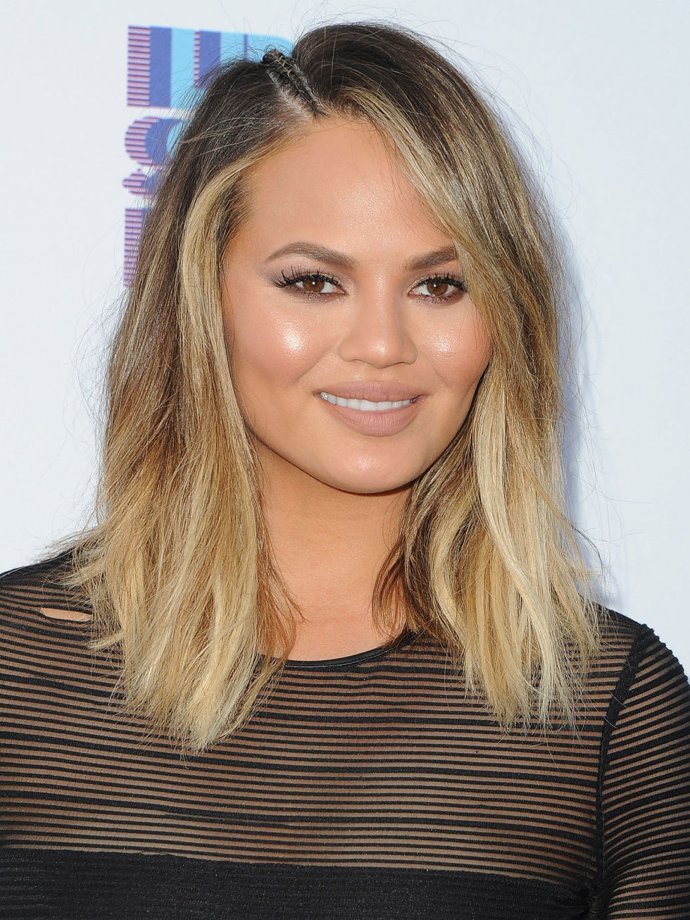 best hairstyles for oval faces - 10 flattering haircuts for long