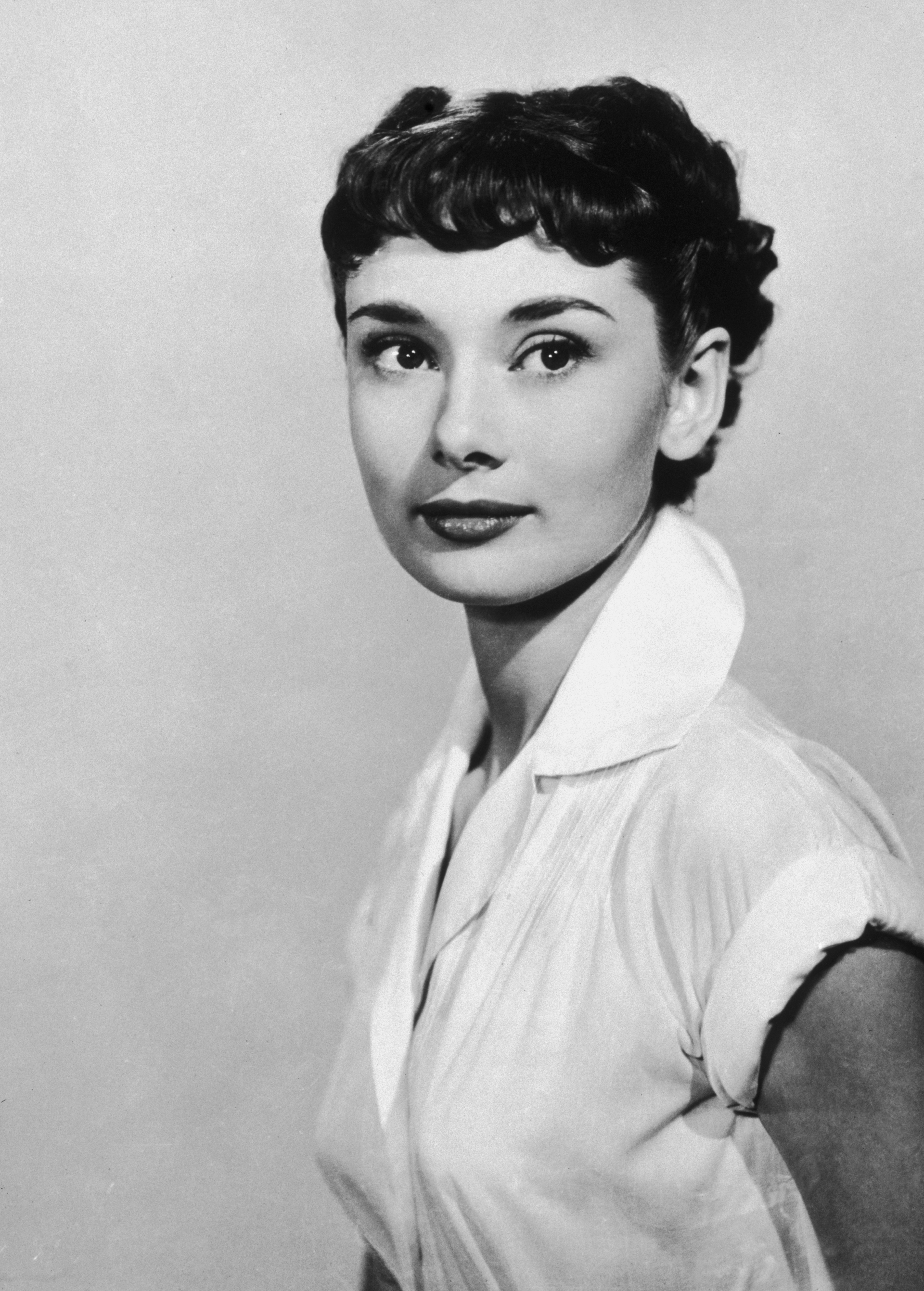 styling short pixie hair 47 best pixie cuts of all time iconic pixie haircut ideas 1940 | 548f378a4661c rbk pixie cuts audrey hepburn s2 63096803